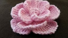 In this crochet video tutorial you will learn how to crochet flower made of verigehted yarn. Crochet Puff Flower, Crochet Flower Tutorial, Knitted Flowers, Crochet Flower Patterns, Crochet Roses, Rose Tutorial, Pattern Flower, Crochet Gifts, Crochet Yarn