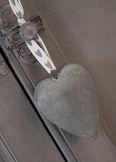 Gray   Grey   Gris   グレー   Grigio   серый   Gurē   Colour   Texture   zinc heart
