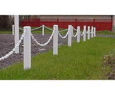 Plastic White Post and White Chain Garden Fence Pack Outdoor Gazebos, Outdoor Structures, Garden Ideas Driveway, Patio, Backyard, Car Parking, Parking Space, Chain Link Fence, Outdoor Crafts