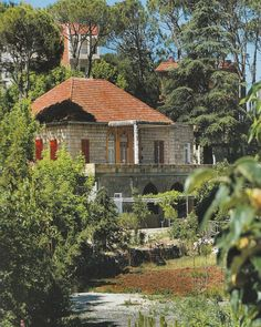 Nabaa Safa / Aley - Bassam Said Chaaya House Built In 1879 Old House Design, House Built, Old Buildings, Historic Homes, Traditional House, Decoration, Cool Places To Visit, Old Houses, My Dream Home