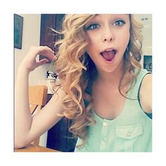 Acacia Clark ❤ liked on Polyvore featuring acacia, acacia clark, people, site models and hair