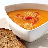 Pumpkin and red bell pepper soup. Add a little cream for extra yummyness. Deli Food, Food Menu, I Love Food, Good Food, Yummy Food, Super Healthy Recipes, Vegetarian Recipes, Healthy Soup, Soup Recipes