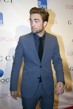 Robert Pattinson appears on The Daily Show to promote Cosmopolis