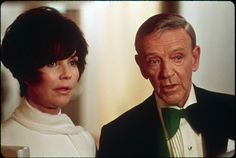 """Jennifer Jones & Fred Astaire in """"The Towering Inferno"""".claptrap, of course, but she is excellent with what she has to work with, and your palms do sweat ! Jennifer Jones, Fred Astaire, The Towering Inferno, Charlies Angels Movie, Film Catastrophe, Freddie Bartholomew, The Poseidon Adventure, Disaster Movie, Mikhail Baryshnikov"""