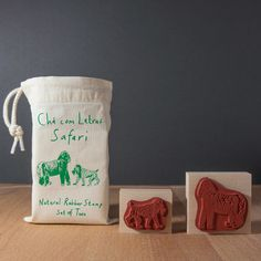 Safari animals stamps set