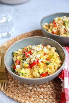 Griekse schotel met kip en orzo | In 30 min. op tafel - Lekker en Simpel Paste Recipe, Fried Rice, Pasta Salad, Potato Salad, Main Dishes, Bbq, Cooking, Healthy, Ethnic Recipes