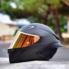 The New AGV Pista GP-R Anniversarío Celebrating 70 of AGV Excellence Only 1947 Pieces Made Take a look at @Brice675 beautiful helmet! #BWL #BikesWithoutLimits #AgvRider #AgvHelmets #PistaGPR #Anniversario
