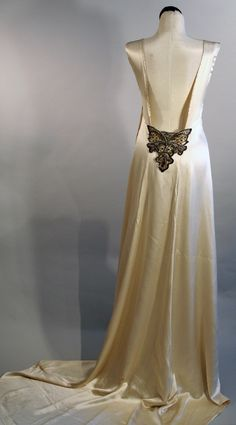 Art Deco elegance designed using original vintage gown from Sleeveless with low open embellished back & hand beaded details. Designed by Silver Moon. Vintage Gowns, Vintage Outfits, Vintage Fashion, Vintage Clothing, Satin Dresses, Bridal Dresses, Wedding Dress, Edwardian Era Fashion, Beautiful Outfits