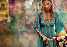 bohemian boho style hippy hippie chic bohème vibe gypsy fashion indie folk look outfit. Hippie Style, Ethno Style, Gypsy Style, Bohemian Style, Style Me, Bohemian Attire, Bohemian Shirt, Bohemian Summer, Bohemian Living