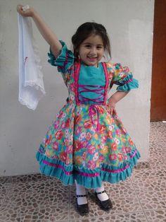 Feliz Agus con su vestido :D