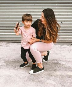 Mother Son Matching Outfits, Mom And Son Outfits, Little Boy Outfits, Family Outfits, Baby Boy Outfits, Kids Outfits, Mommy And Son, Mom Son, Baby Boy Fashion