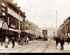 On the very left is Yates Wine Lodge - the canopy was over the little arcade at the side of the pet shop. Sadly, all burnt down. Blackpool England, Theatres, Boarders, Pet Shop, Old Photos, Great Places, Canopy, Arcade, Seaside