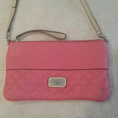 Purse Guess pink/tan leather crossbody purse like new Guess Bags Crossbody Bags