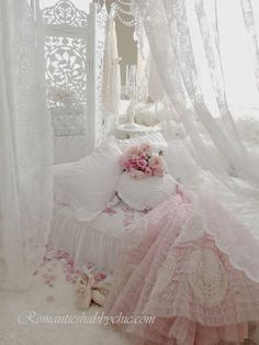 <3 this ETHEREAL beyond beautiful bedroom wrapped in sheer white with touches of pink~