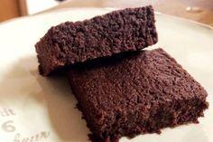 砂糖不使用!5分で完成!冷やして食べる『焼かないブラウニー』乳製品・卵・小麦・豆乳不使用。 Sweets Recipes, Raw Food Recipes, Baking Recipes, Desserts, Ding Dong Cake, Brownies, Cookies And Cream Cake, Salted Chocolate, Gluten Free Sweets