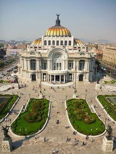 Palacio de Bellas: Construido como Teatro Nacional y llamado después como lo conocemos ahora comenzó su historia en 1904 y tenía el objetivo de ser terminado en sólo cuatro años, pero por problemas de presupuesto y el estallido de la Revolución Mexicana, se terminó hasta el 10 de marzo de 1934 y está ubicado en la Alameda Central.