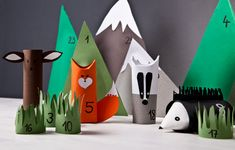 DIY advent calendar for kids - Westwing magazine - Patricia Rose Rustic Christmas Crafts, Paper Christmas Decorations, Christmas Crafts For Kids To Make, Diy For Kids, Christmas Time, Advent Calendars For Kids, Diy Advent Calendar, Kids Calendar, Diy Cadeau Noel