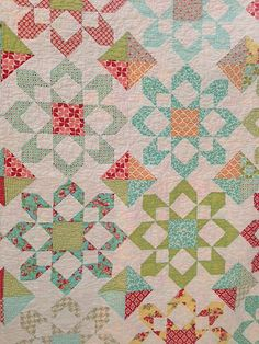 Fireworks quilt | Made for my mom! I used a mix of Ruby, Vin… | Flickr