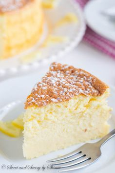 With less than 5 ingredients this dreamy light lemon souffle cheesecake is the perfect treat to welcome long-awaited spring! With less than 5 ingredients this dreamy light lemon souffle cheesecake is the perfect treat to welcome long-awaited spring! Lemon Desserts, Lemon Recipes, No Bake Desserts, Just Desserts, Baking Recipes, Sweet Recipes, Dessert Recipes, Light Desserts, Oreo Dessert