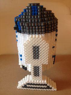 hama beads Foto para la plantilla de R2-D2.STAR WARS..( foto.4 )