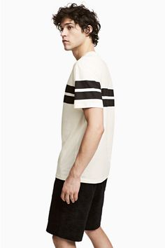 T-shirt avec impression Modèle