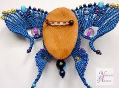 Broche bleue femme papillon micro-macramé art от laNoueusedAtours