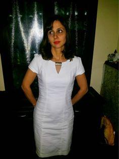 http://www.blogfemina.com/2014/06/resenha-vestido-off-white-da-divinite.html