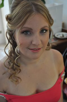 prachtige bruidsmake-up in zachte tinten. Beautyful bridal make-up with soft colours by Bruid en Beauty Almere