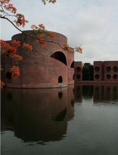 http://easterndesignoffice.tumblr.com/post/56211054360/cavetocanvas-louis-kahn-national-assembly-in