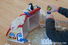 Zelf klei maken: winter klei activiteiten - Lespakket - thema's, lesideeën en informatie - onderwijs aan kleuters