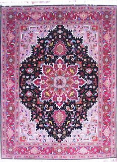 The Making of Persian Rugs As mentioned before, Persian rugs are of ultra-super quality, finest appeal and with immaculate style, because they are woven by hands.
