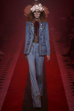 Gucci | Ready-to-Wear Spring 2017 | Look 52