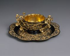 Tea Cup and Saucer Period: Edo period Date: dated 1731 Culture: Japan Medium: Shakudo (copper alloy) and gold Dimensions: H. (cup): 1 in. (cup): 3 in. (saucer): 4 in. Vintage Cups, China Tea Cups, Teapots And Cups, Tea Service, My Cup Of Tea, Tea Cup Saucer, Tea Time, Tea Party, Antiques