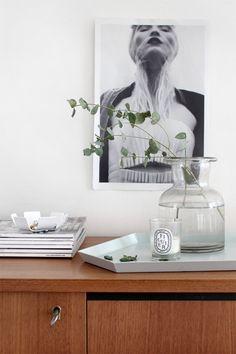 Pihkala: EUKALYPTUS JA KUMPPANIT Black Interior Design, Interior Styling, Interior Decorating, Decorating Ideas, Decor Ideas, Feng Shui, Flat Ideas, White Rooms, Illustrations