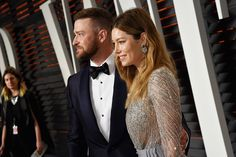 Justin Timberlake (in Tom Ford) and Jessica Biel (in Zuhair Murad with Piaget earrings) arriving at the 2016 Vanity Fair Oscar Party.