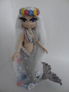 Crochet Fairy, Crochet Mermaid, Mermaid Diy, Mermaid Dolls, Love Crochet, Crochet Doll Pattern, Crochet Toys Patterns, Doll Patterns, Knitted Dolls