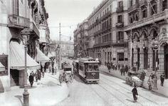 Carrer Fontanella esquina Pau Claris, en el fondo nos encontramos con Pça. Catalunya. Años '30..