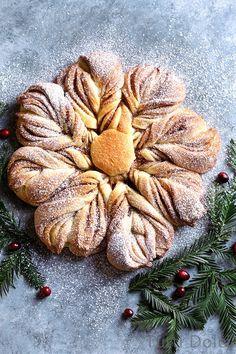 cinnamon sugar star bread - Tutti Dolci