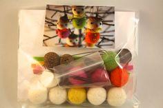 felt ball acorn snowman DIY kit, Make your own felt acorn snowman tree ornament kit, set of 5 snowman