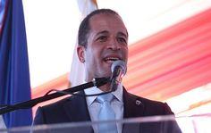 El alcalde Juan de los Santos defendió la eficacia de las visitas sorpresa que realiza cada domingo el presidente de la República Danilo Medina