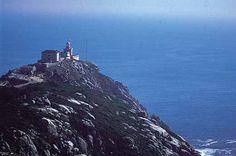 Faro de Fisterra. Es el faro más occidental y emblemáticos de Europa…