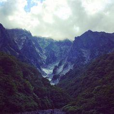 """""""日本三大岩場のひとつ  一ノ倉沢  歩いて1時間。  こんなに気軽にいけるってすごい。"""" Photo taken by @gomagoma0205 on Instagram, pinned via the InstaPin iOS App! http://www.instapinapp.com (08/19/2015)"""