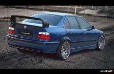 Verkaufe:: HECKFLÜGEL BMW E36 Class II 2 M3 GT M TechnikLieferumfang:HECKFLÜGEL BMW E36 Class II 2 M3 GT M TechnikFahrzeug :BMW,E364 teilig (mit Distanzstücken)Material:GFK - Glasfaserverstärkter Kunststoffunlackiert NeuErstausrüsterqualität mit exzellenter PassgenauigkeitAus hochwertigem biegsamen GFK - Glasfaserverstärkter Kunststoff
