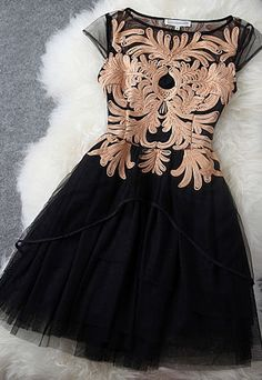Elegant Sweet Floral Embroidered Contrast Color Dress