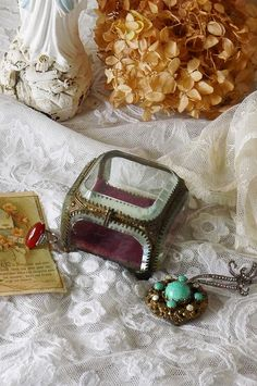 アンティーク ジュエリーボックス(カットガラス/レッド) French Antique Jewelry Box