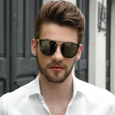 Hair and beauty Classic Mens Hairstyles, Mens Hairstyles With Beard, Hair And Beard Styles, Haircuts For Men, Cool Hairstyles, Short Hair Styles, Hipster Hairstyles, Men's Hairstyle, Hairstyle Ideas