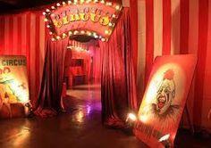 circus theming entrance