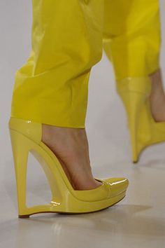 Jil Sander 2007 - LOVE LOVE LOVE these! they came in purple too!