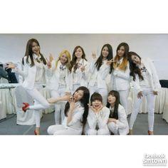 Girls' Generation's 'Mr. Mr.' music video surpasses 15 million views on YouTube