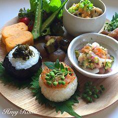 Romi's dish photo ワンプレートおひるごはん | ⚫︎豚汁 ⚫︎茄子と昆布のみそ漬け ⚫︎イカと野菜の酢みそ和え ⚫︎みそ焼きおにぎり